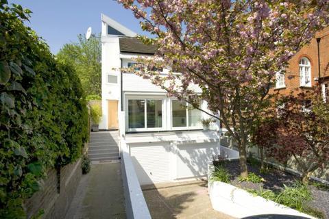 4 bedroom detached house for sale - Bishopswood Road, Kenwood, London, N6