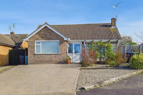 2 bedroom detached bungalow for sale - Hillcroft Road, Herne Bay