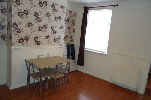 2 bedroom house to rent - Goodison Road, Liverpool