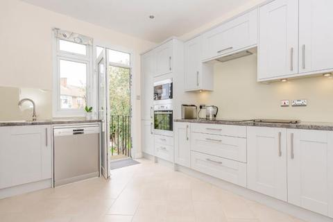 2 bedroom flat for sale - East End Road, N2