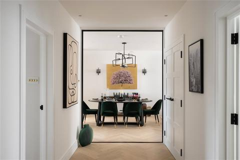 4 bedroom apartment for sale - Queens Court, Bayswater, W2