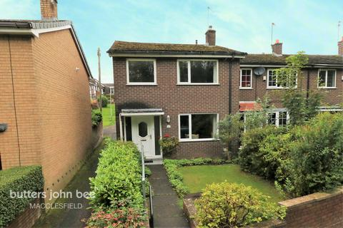 3 bedroom end of terrace house for sale - Abbey Road, Macclesfield