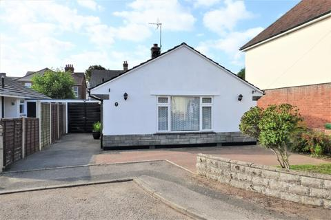 2 bedroom detached bungalow - Pearson Avenue, Parkstone
