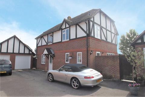 4 bedroom detached house for sale - Chestnut Close, Angmering, Littlehampton, BN16