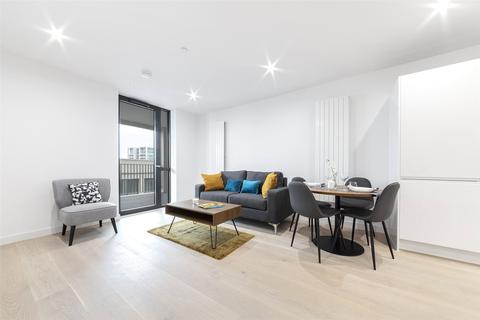 1 bedroom apartment - Pinnacle House, 4 Schooner Road, Royal Wharf, London, E16