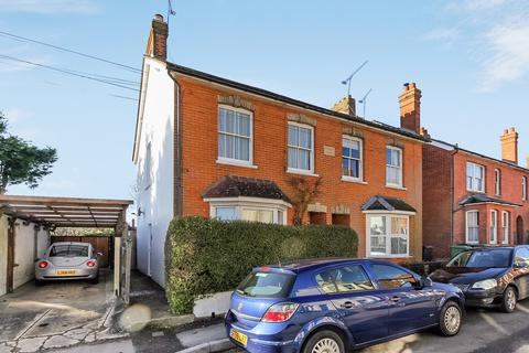 1 bedroom maisonette for sale - Park Close Road, ALTON, Hampshire