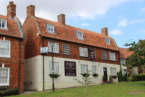 5 bedroom semi-detached house for sale - Market Place, Folkingham