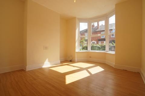 2 bedroom terraced house to rent - St Catherines Grove, Lincoln