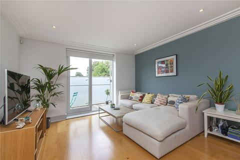 2 bedroom flat for sale - North Side Wandsworth Common, London, SW18