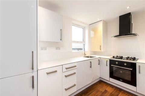 3 bedroom flat to rent - Morrish Road, London, SW2