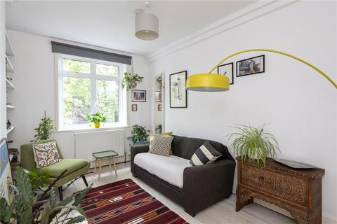 1 bedroom flat - Peabody Estate, London, SE24