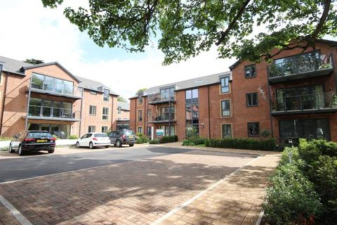 2 bedroom apartment to rent - Waller Grove