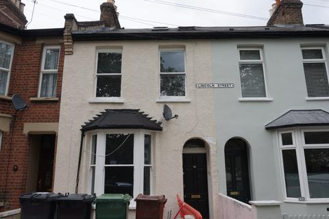 5 bedroom terraced house to rent - Lincoln Street,  Leytonstone  E11