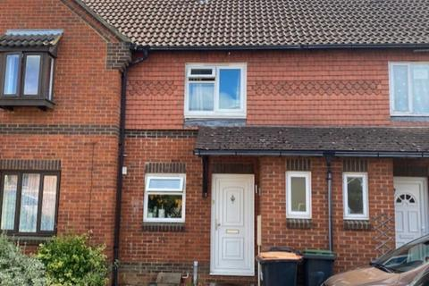 2 bedroom terraced house to rent - Torre Abbey, Bedford