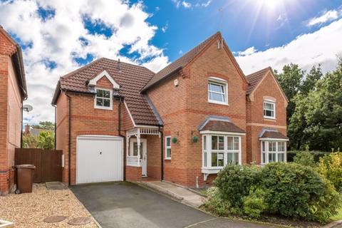 3 bedroom detached house to rent - Carnoustie Drive, Euxton, PR7 6FR