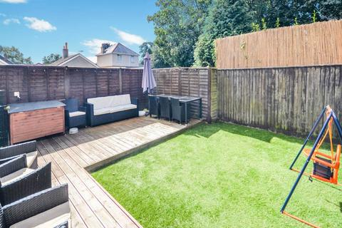 3 bedroom house - Stanfield Close, Poole, Dorset