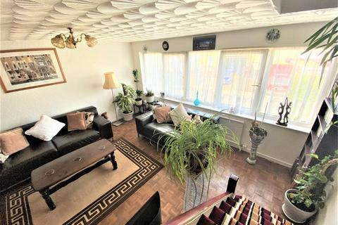 3 bedroom house for sale - Dial Lane , Downend, Bristol