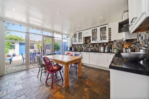 3 bedroom terraced house for sale - Campsfield Road, N8