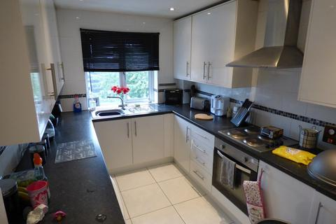 2 bedroom apartment to rent - High Street, Langley, Slough, SL3