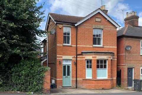 3 bedroom detached house for sale - Beehive Lane, Great Baddow, Chelmsford, CM2