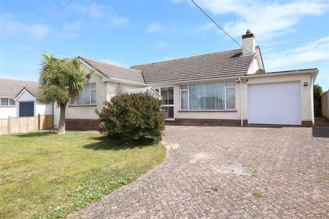 3 bedroom detached bungalow for sale - Barton on Sea, Hampshire