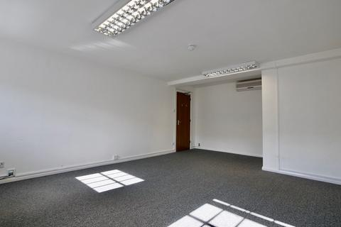 Office to rent - South Street, Dorking, Surrey, RH4