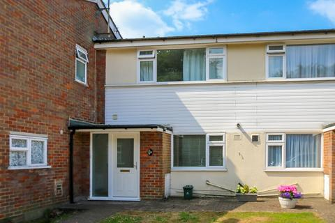 3 bedroom terraced house to rent - The Larches, Rickmansworth Road, Northwood, HA6