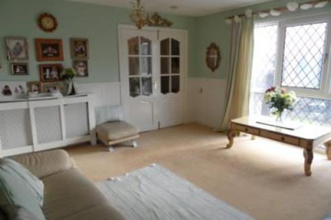 2 bedroom flat for sale - WHETLEY CLOSE, MANNINGHAM, BRADFORD BD8