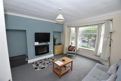 1 bedroom flat for sale - Cliff Road, Hornsea