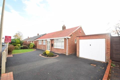 2 bedroom detached bungalow for sale - Marksway, Pensby