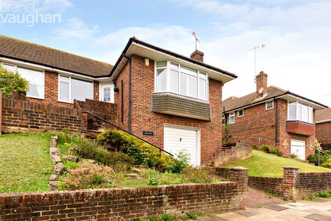3 bedroom bungalow for sale - Jevington Drive, Brighton, East Sussex, BN2