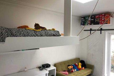 1 bedroom house share to rent - Great Clowes Street, Salford