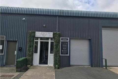 Warehouse to rent - M019 Maesbury Road, Mile Oak Industrial Estate, Oswestry, Shropshire