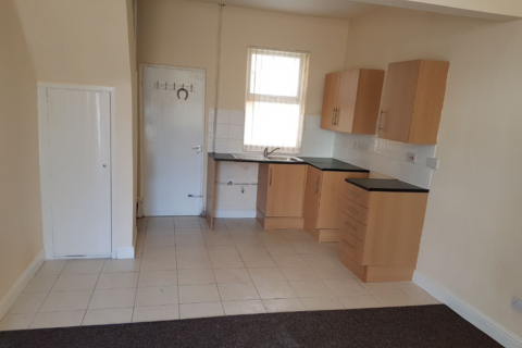 2 bedroom terraced house to rent - 48 Burnand Street