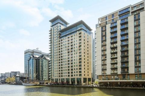 1 bedroom flat to rent - Discovery Dock