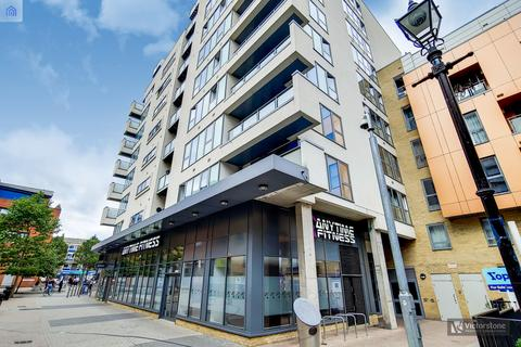 3 bedroom penthouse for sale - Vernon Road, Bow, London, E2