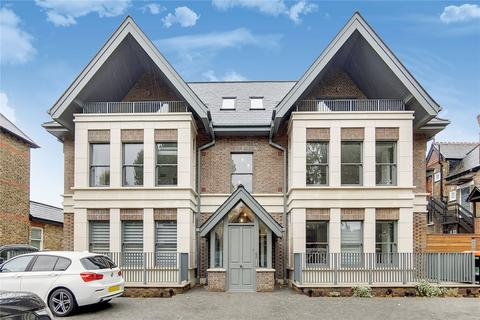 2 bedroom apartment to rent - Carlton Road, Ealing Broadway, London, W5