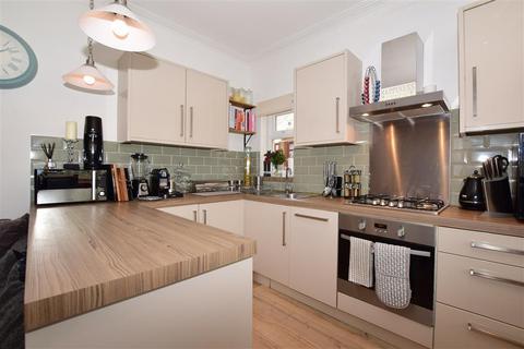 3 bedroom ground floor maisonette for sale - Brighton Road, Purley, Surrey