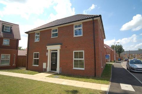 4 bedroom detached house to rent - Harvester Lane, Beck Row, Bury St Edmunds, Suffolk, IP28