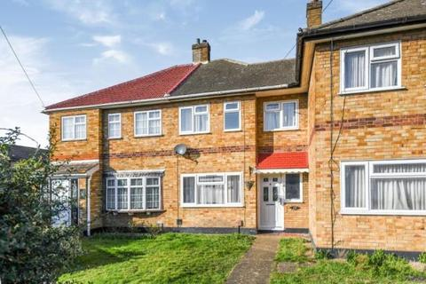 3 bedroom terraced house to rent - Blake Close, Rainham RM13