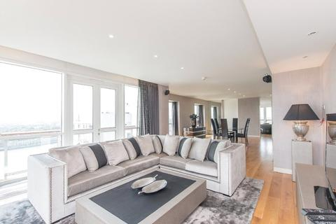 2 bedroom apartment to rent - Eaton House, 38 Westferry Circus, London, E14