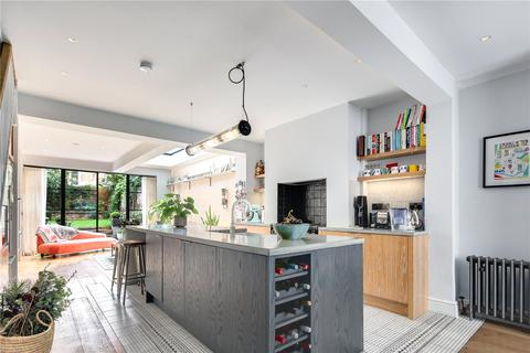 3 bedroom house for sale - Kenilworth Road, Bow, London, E3