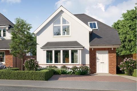 3 bedroom detached house - Broadstone