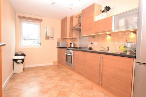 2 bedroom flat to rent - Chesser Crescent, Edinburgh    Available 22nd November