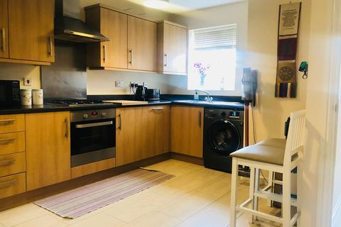 2 bedroom semi-detached house to rent - Middlesex Road CV3