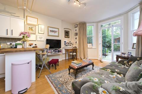 1 bedroom apartment to rent - Sinclair Gardens, London, W14