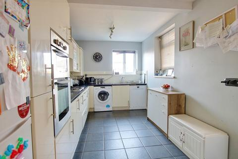 3 bedroom terraced house - Itchen, Southampton