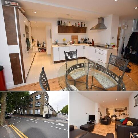 3 bedroom flat to rent - 160 Cann Hall Rd, London E11 3NH