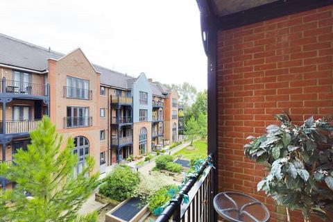 2 bedroom apartment for sale - Bridleway House, Cannons Wharf, Tonbridge, Kent, TN9