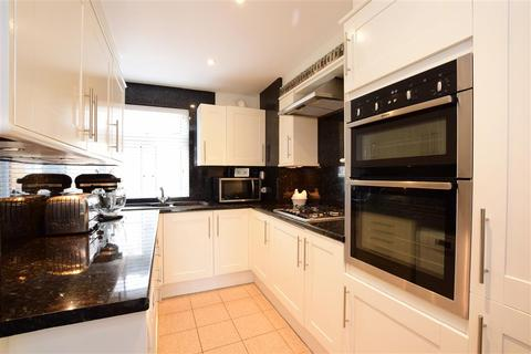 2 bedroom maisonette for sale - Southwick Square, Southwick, West Sussex